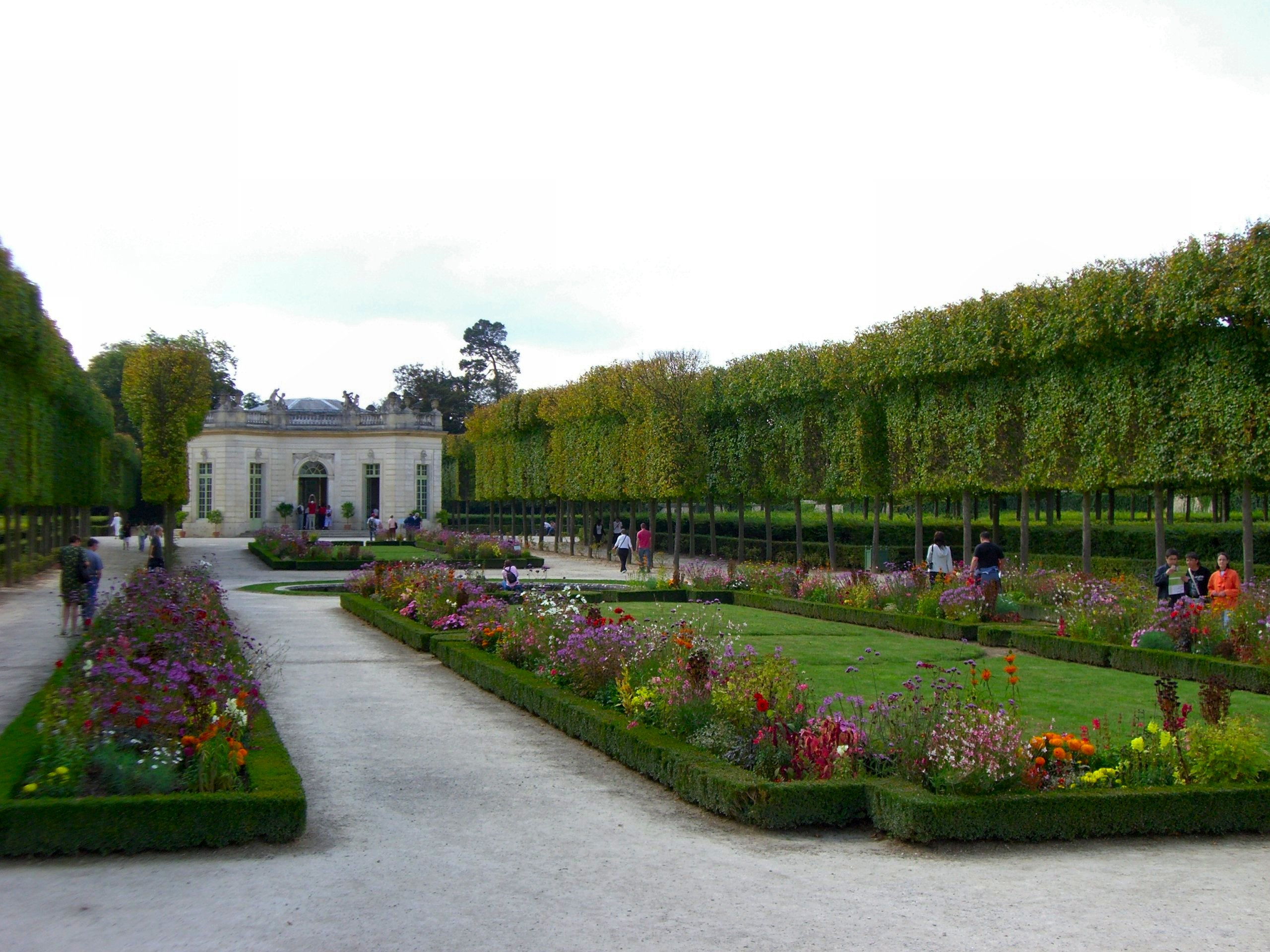 Hamlet at versailles inside nanabread 39 s head for Garden design versailles