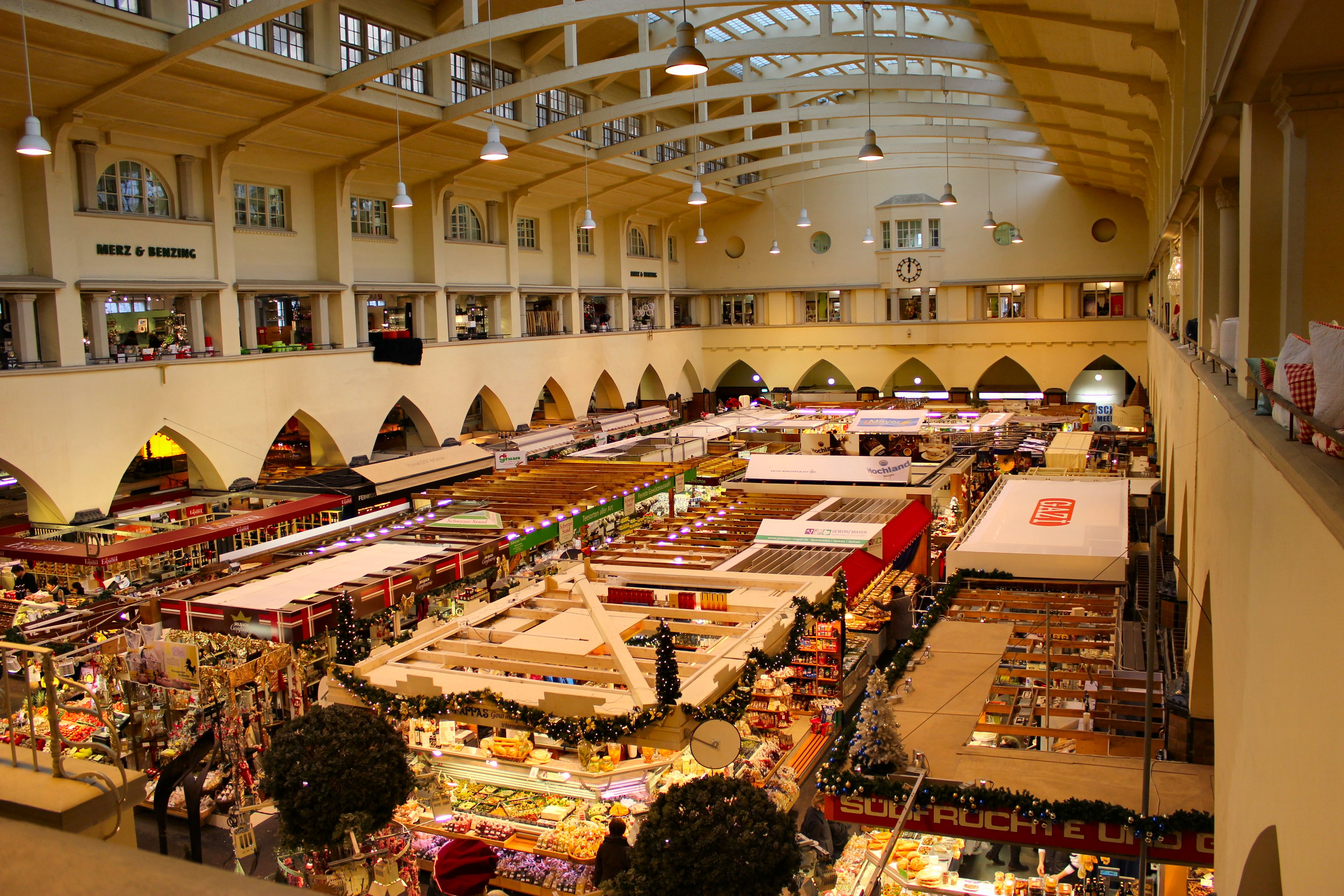 Christmas Market photos Inside NanaBreads Head