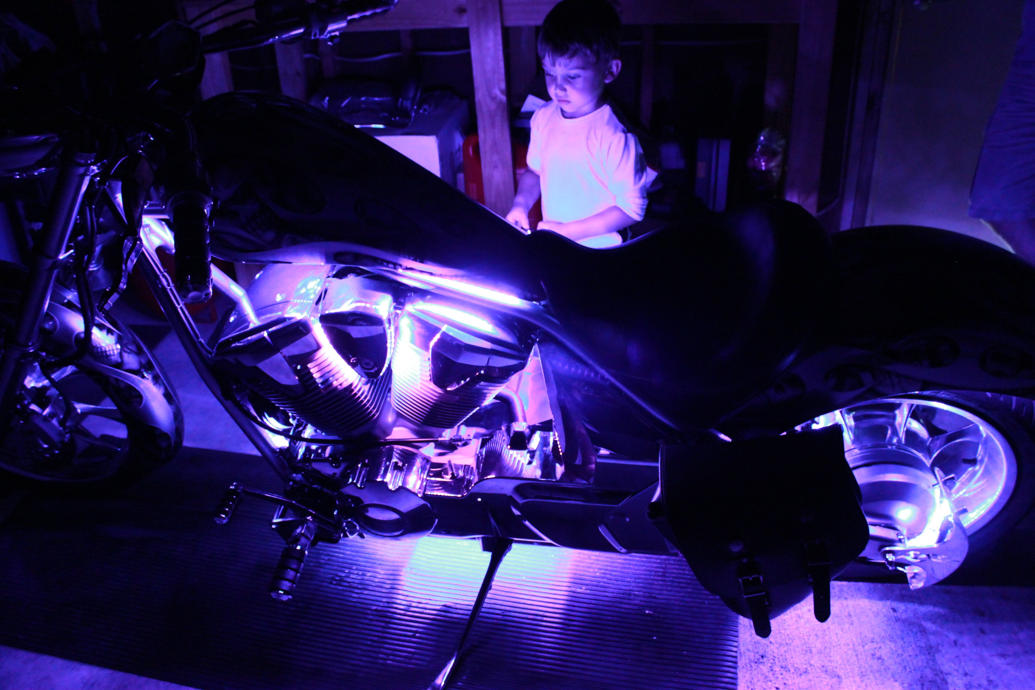 led accent flexible pin motorcycle lighting stingerz lights pinterest