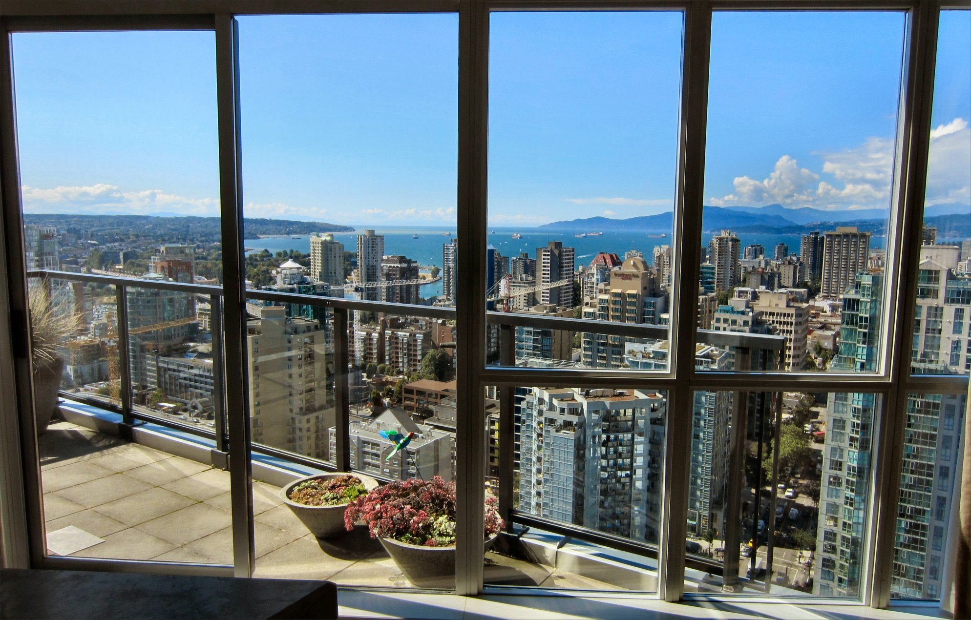 apartment rentals in Vancouver | Inside NanaBread's Head