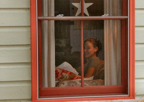 LeakeyTX - My Baby in the Window