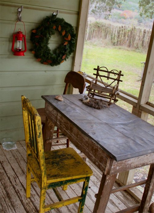 LeakeyTX - Porch Table at Cabin