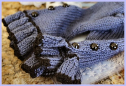 OKMH Dec - Glove Details