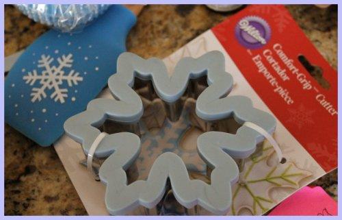 OKMH Dec - Snowflake Cutter & Spatula