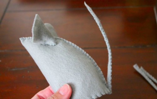Felt Mouse Tutorial - Almost There