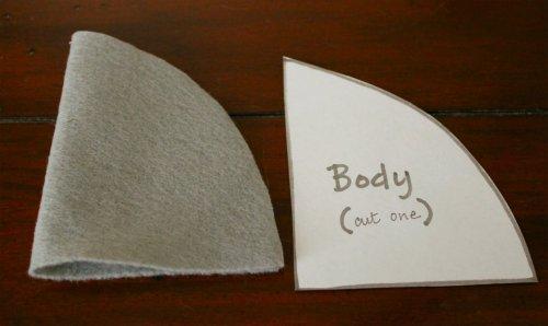 Felt Mouse Tutorial - Body Cut on Fold