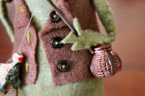 Felt Mouse Tutorial - Grandpa FisherMouse - Vest Close-Up