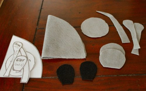 Felt Mouse Tutorial - Pattern Pieces Cut Out