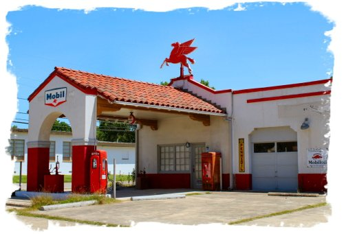 Gonzales - Vintage Gas Station