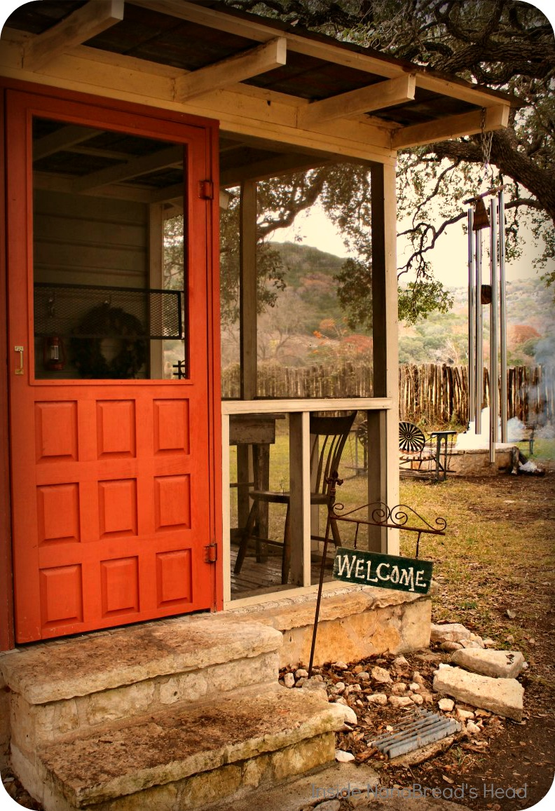 Vacation rentals in the texas hill country inside for Texas hill country cabin