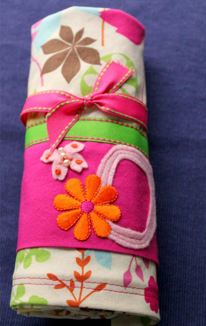 Girly Diy Acrylic Nail Designs: DIY: Girly Decorative Pillowcases