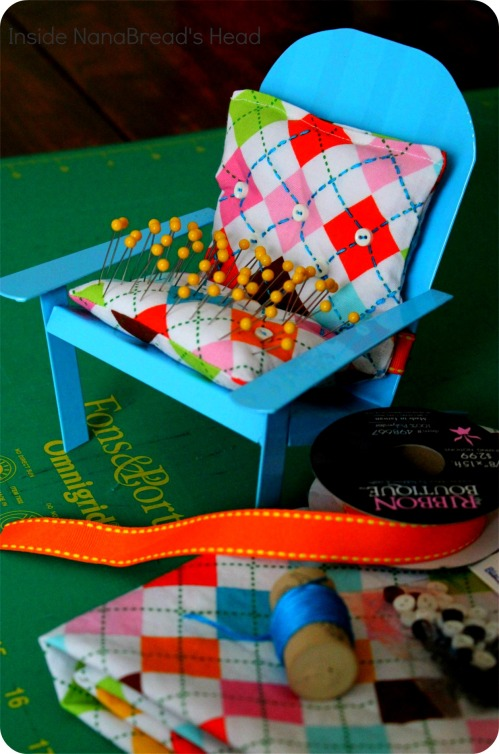 Pin Cushion Crafts - Lawn Chair Pin Cushion - Overview